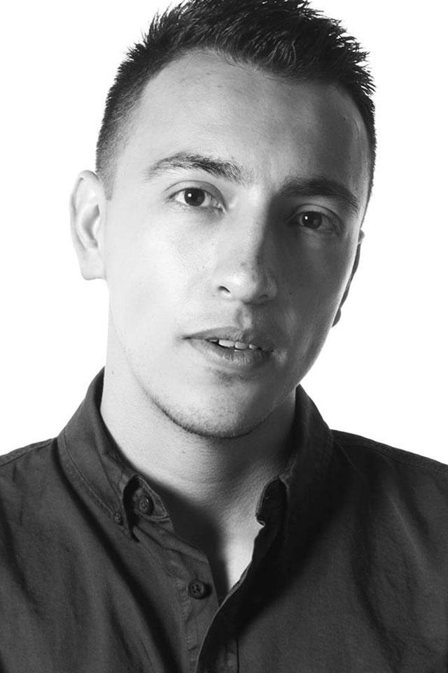 Montajista de los largometrajes Un crimen llamado educación. Con experiencia como editor de más de 30 comerciales y 10 vídeos musicales.